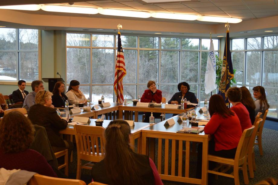 Senator Shaheen held a roundtable at River Valley Community College in Claremont to discuss the challenges incurred from student loan debt and efforts to address college affordability.