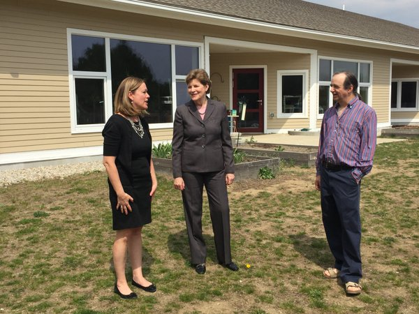 Senator Shaheen visiting the Hollis Montessori School to view their energy efficient campus buildings and discuss the passage of her energy efficiency legislation.