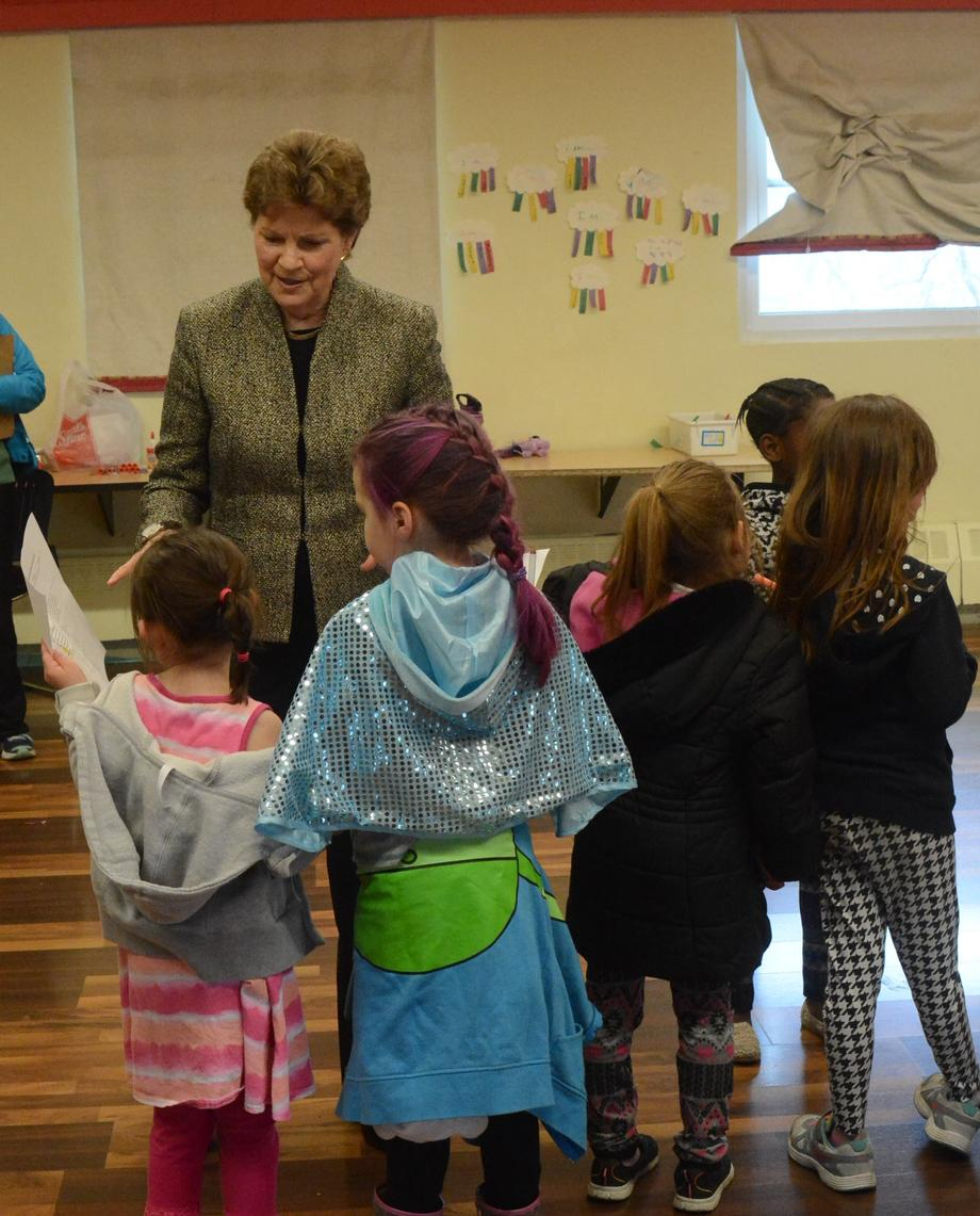Senator Shaheen discusses the announcement that Harriet Tubman will be placed on the $20 with students at Girls Inc. in Manchester.