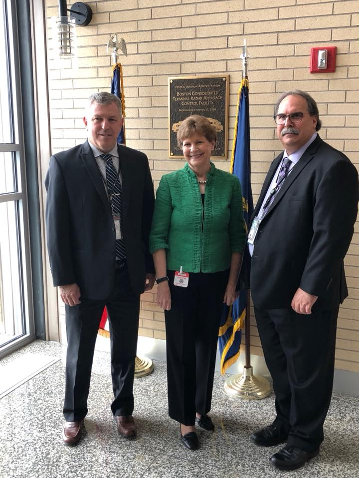 Senator Shaheen meets with regional FAA and NATCA leadership in Merrimack.