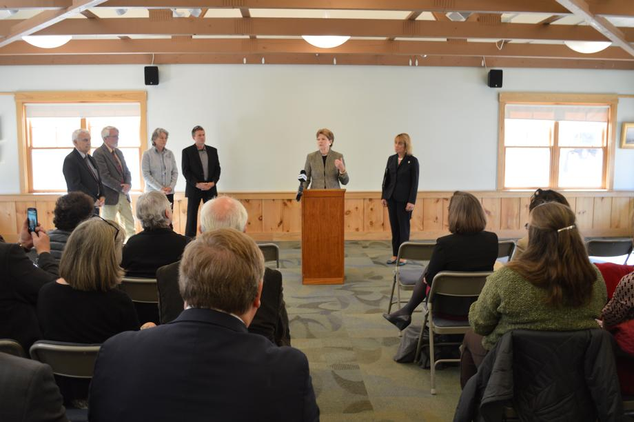 Senator Shaheen discusses support for the Clean Power Plan in Concord