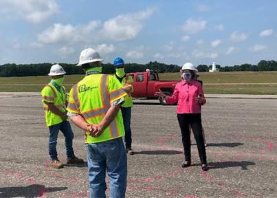 Senator Shaheen at Pease runway reconstruction project 1