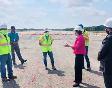 Senator Shaheen at Pease runway reconstruction project 2